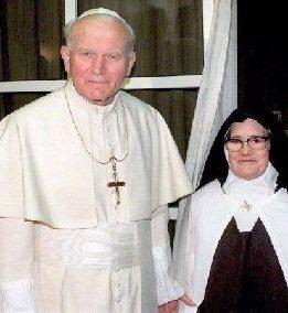 Jan Paweł II osiostrze Łucji